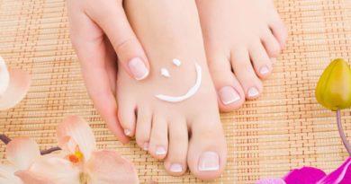 Jakie zabiegi na stopy warto poznać?