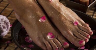 Skuteczne sposoby na domowy peeling stóp