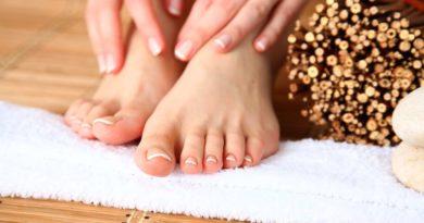 Domowe sposoby na usuwanie odcisków ze stopy