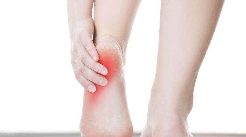 Choroba Haglunda-Severa – przyczyny i objawy