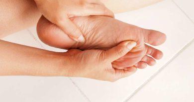 Nietypowe objawy stóp – co mogą oznaczać?